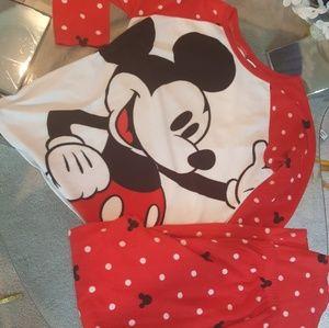 Disney.  Mickymouse PJ.